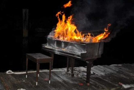 pianofire1